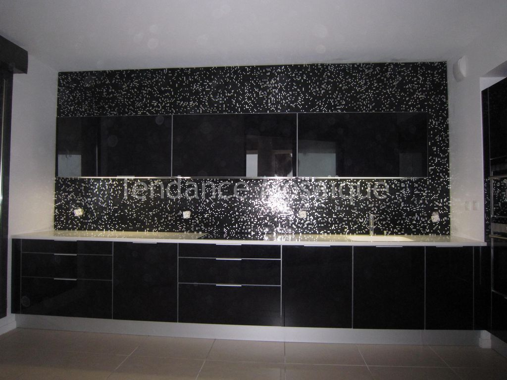 Micro mosaique cr dence de cuisine bisazza princess black for Mosaique credence cuisine