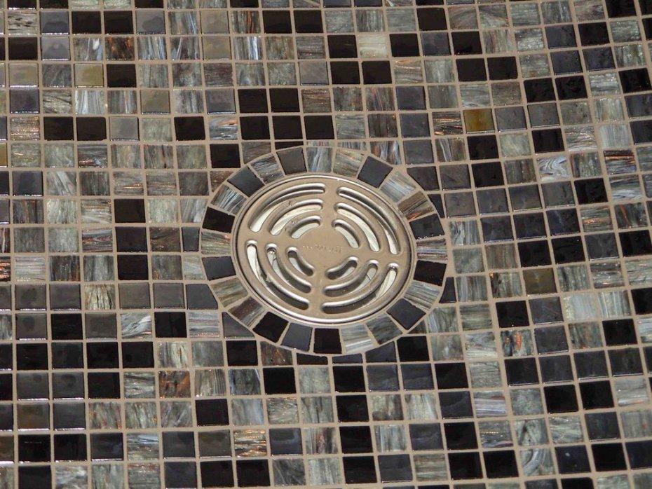 Carrelage mosa que pour douche l 39 italienne salle de bain - Carrelage pour douche italienne castorama ...