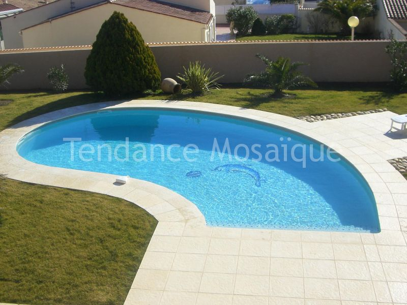 Carrelage piscine for Carrelage simple ou double encollage