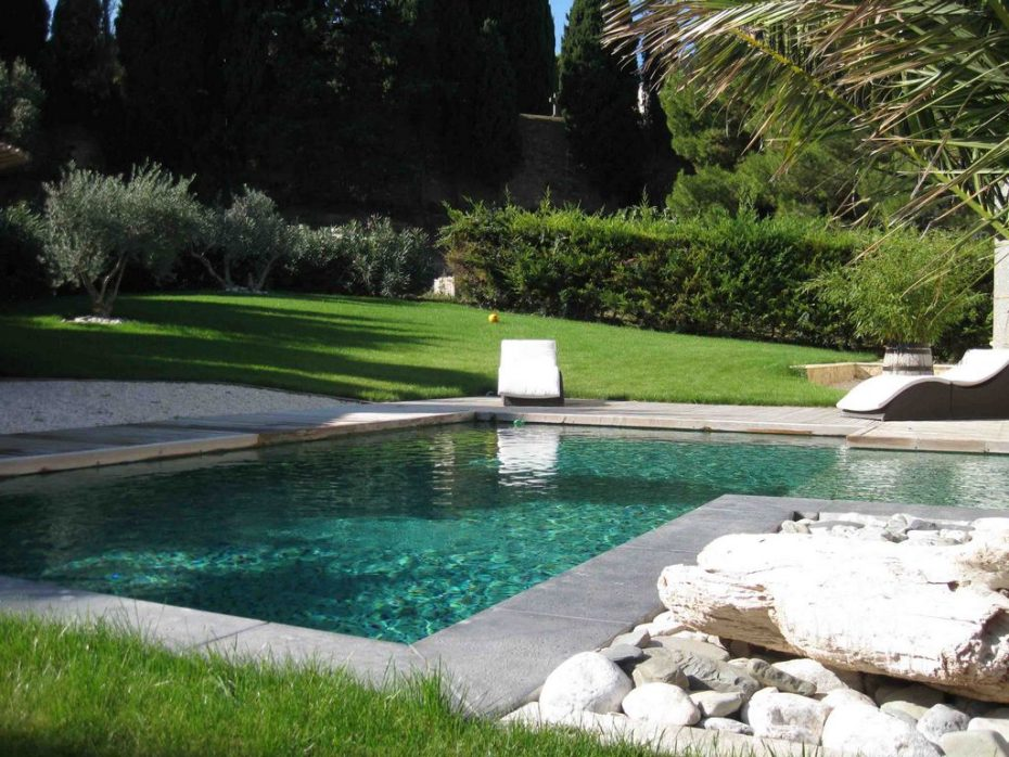 Design piscine bassin exterieur paris 37 aulnay sous for Piscine exterieur