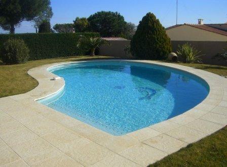piscines en emaux de verre ezarri carrelage piscine. Black Bedroom Furniture Sets. Home Design Ideas