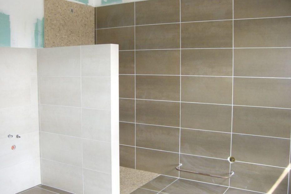 carrelage salle de bain marron et vert » Photos de design d ...
