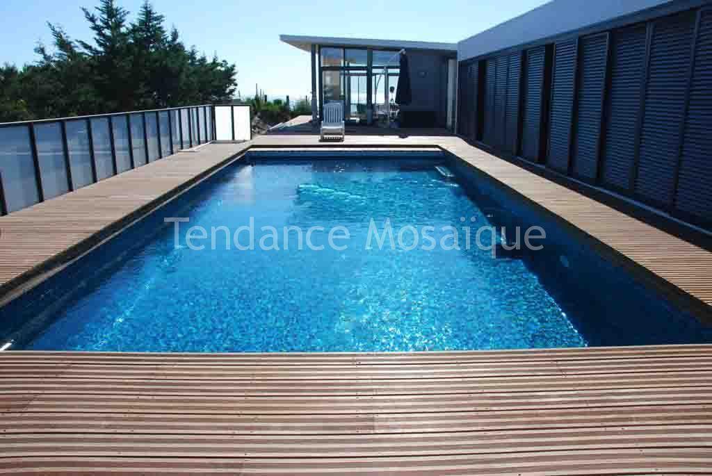 R alisation piscine en p te de verre dolce mosaic zaffiro - Pate de verre piscine ...