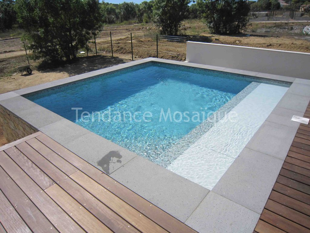 piscine p te de verre dolce mosaic marquises. Black Bedroom Furniture Sets. Home Design Ideas