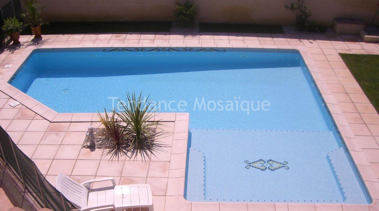 Emaux de verre ezarri 2521b pour piscine carrelage piscine for Carrelage piscine blanc