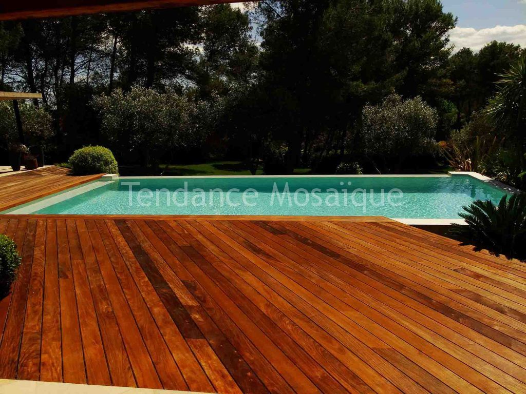Comment Enlever Colle Carrelage Sur Dalle comment enlever le carrelage d'une piscine ?