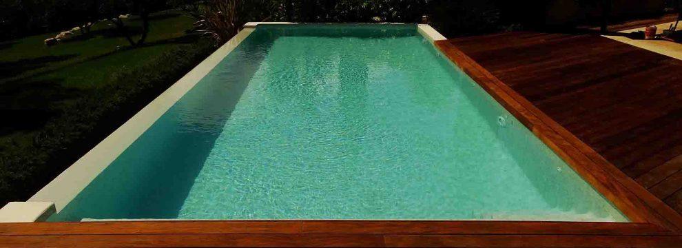 Carrelages piscines r alis s emaux de verre ezarri for Joint epoxy piscine