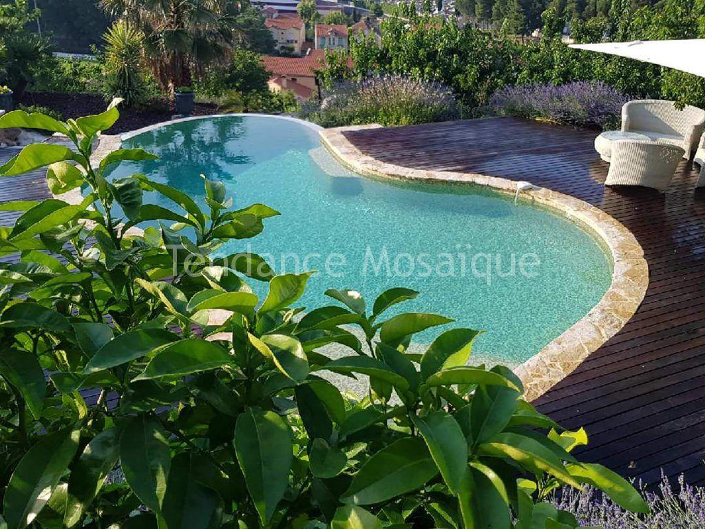 Comment Enlever Colle Carrelage Sur Dalle comment poser du carrelage sur une terrasse de piscine ?